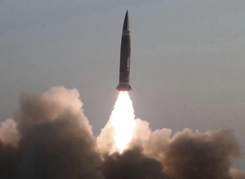 北朝鮮 ミサイル 金正恩